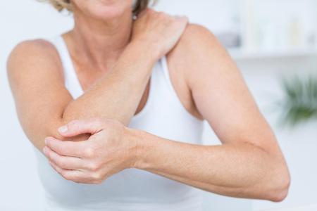 علائم آرتروز آرنج