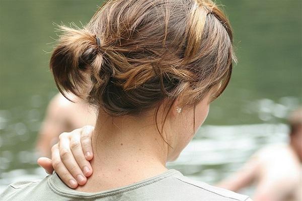 علل خشکی گردن