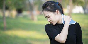 کمپرس یخ و سپس گرما برای درد حاد کمر یا گردن