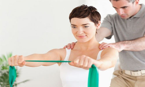 چرا باید تحت نظر متخصص، ورزش درمانی انجام شود