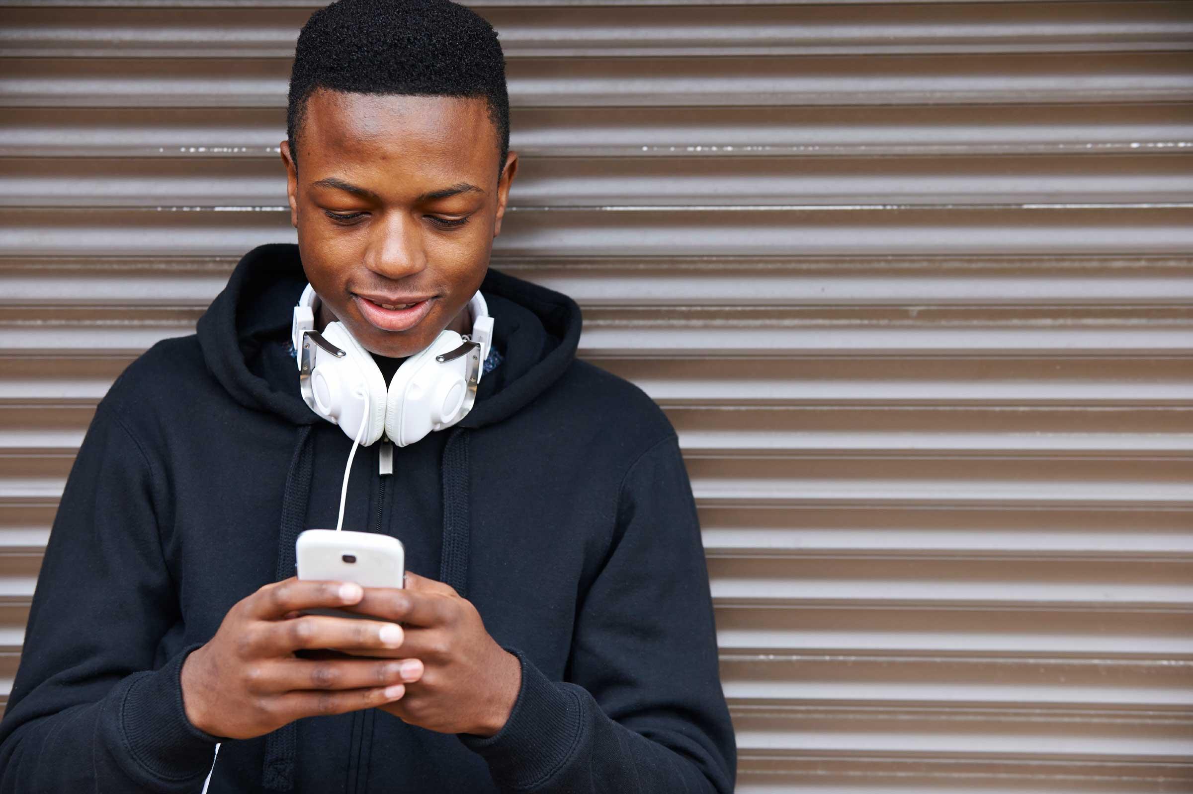 استفاده بیش از حد از گوشی